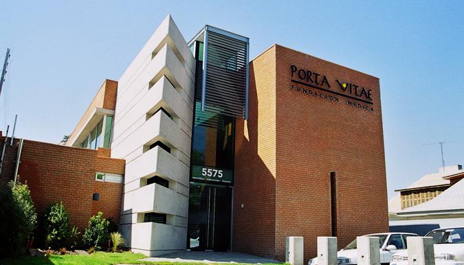 Edificio-Medico-Luis-Pasteur-01