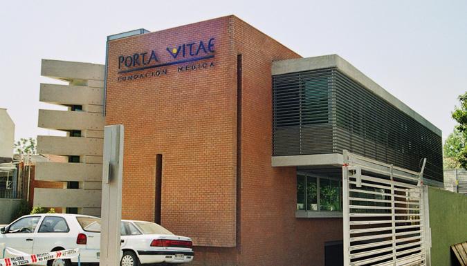 Edificio-Medico-Luis-Pasteur-05
